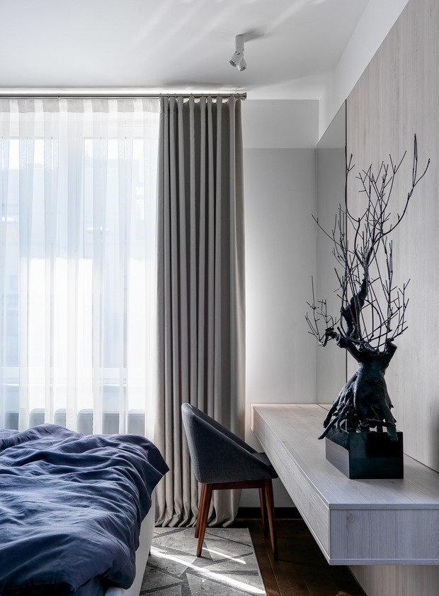 Фотография: Спальня в стиле Современный, Квартира, Проект недели, Бежевый, Серый, 60-90 метров, TaupeHome, ПРЕМИЯ INMYROOM – фото на INMYROOM