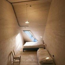 Фотография: Спальня в стиле Современный, Чердак, Мансарда – фото на InMyRoom.ru
