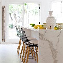 Фотография: Кухня и столовая в стиле Минимализм, Декор интерьера, Мебель и свет, Стол – фото на InMyRoom.ru