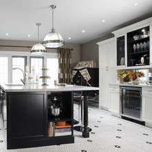 Фотография: Кухня и столовая в стиле Классический, Скандинавский, Современный, Хай-тек – фото на InMyRoom.ru