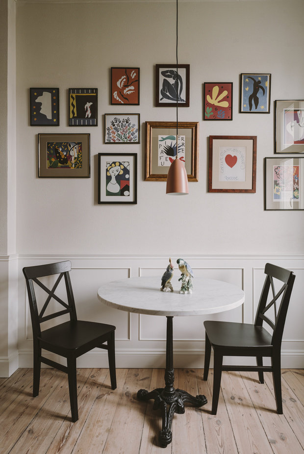 Фотография: Кухня и столовая в стиле Скандинавский, Классический, Декор интерьера, Квартира, Белый, Зеленый, Бежевый, Польша, 3 комнаты – фото на INMYROOM