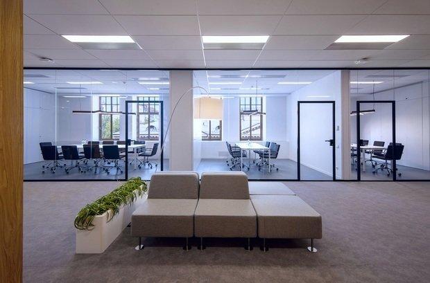 Фото из портфолио ING BANK – фотографии дизайна интерьеров на INMYROOM
