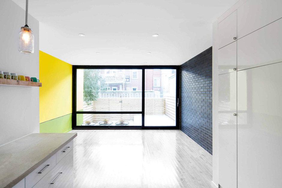 Фотография: Гостиная в стиле Лофт, Дом, Дома и квартиры, напольное покрытие – фото на InMyRoom.ru