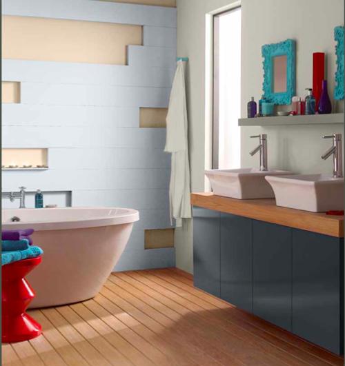 Фотография: Ванная в стиле Эклектика, Декор интерьера, Дизайн интерьера, Цвет в интерьере, Dulux, Akzonobel – фото на InMyRoom.ru