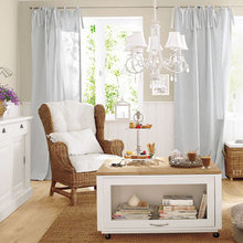 Фотография: Гостиная в стиле Кантри, Декор интерьера, Дизайн интерьера, Цвет в интерьере, Белый – фото на InMyRoom.ru