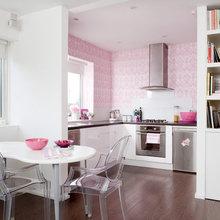 Фотография: Кухня и столовая в стиле Современный, Хай-тек, Декор интерьера, Дом, Дизайн интерьера, Цвет в интерьере, Белый – фото на InMyRoom.ru