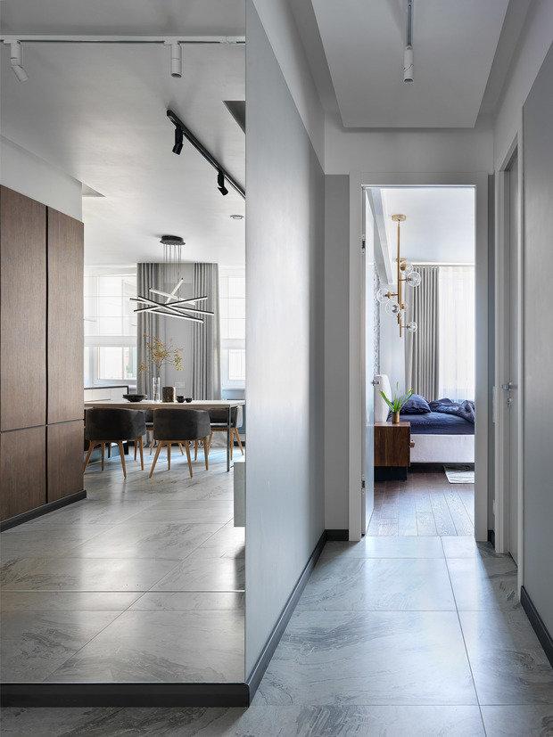 Фотография: Прихожая в стиле Минимализм, Квартира, Проект недели, Санкт-Петербург, 2 комнаты, 60-90 метров, TaupeHome – фото на INMYROOM