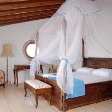 Фотография: Спальня в стиле Кантри, Классический, Современный, Декор интерьера, Квартира, Дом, Декор дома – фото на InMyRoom.ru