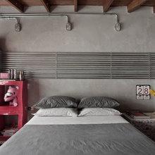 Фотография: Спальня в стиле Лофт, Классический, Декор интерьера, Декор дома, Минимализм, Переделка – фото на InMyRoom.ru