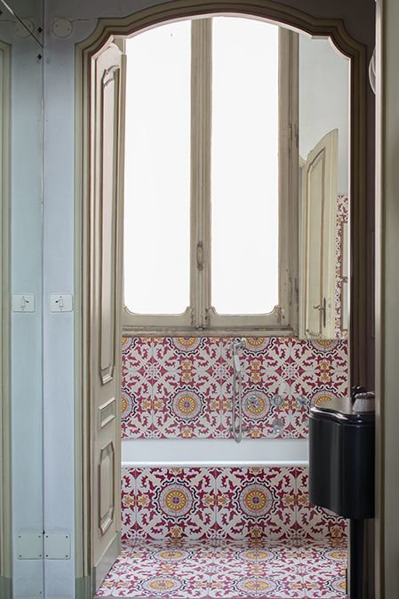 Фотография: Ванная в стиле Восточный, Декор интерьера, Декор дома, Плитка, Ремонт на практике – фото на InMyRoom.ru