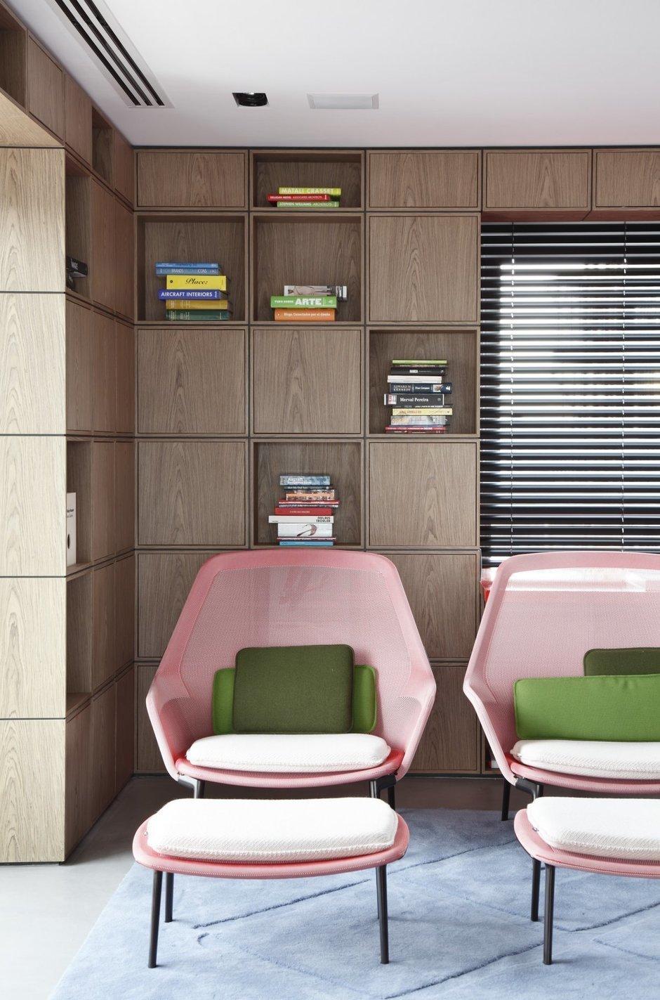 Фотография: Декор в стиле Современный, Дом, Цвет в интерьере, Дома и квартиры, Серый, Бразилия, Пол, Сан-Паулу – фото на InMyRoom.ru