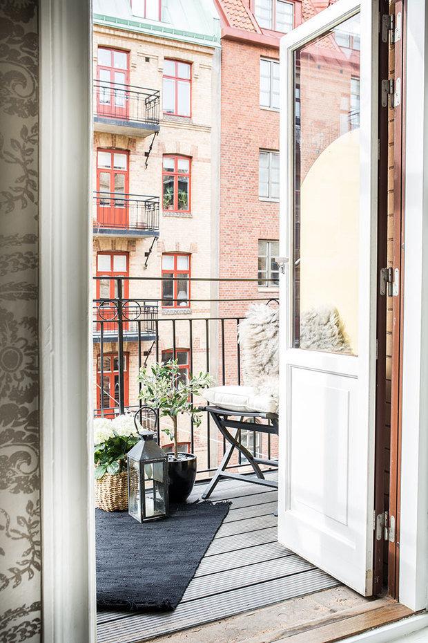 Фотография: Балкон в стиле Скандинавский, Декор интерьера, Квартира, Швеция, 3 комнаты – фото на InMyRoom.ru