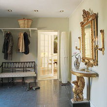 Фотография: Прихожая в стиле Кантри, Дом, Дома и квартиры, Камин – фото на InMyRoom.ru