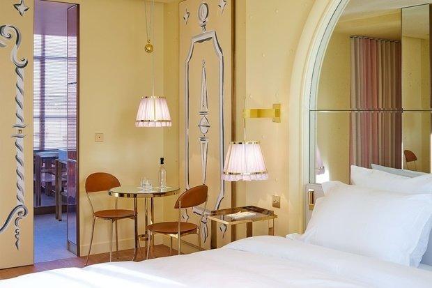 Фотография: Спальня в стиле Современный, Франция, Париж, Гид – фото на INMYROOM