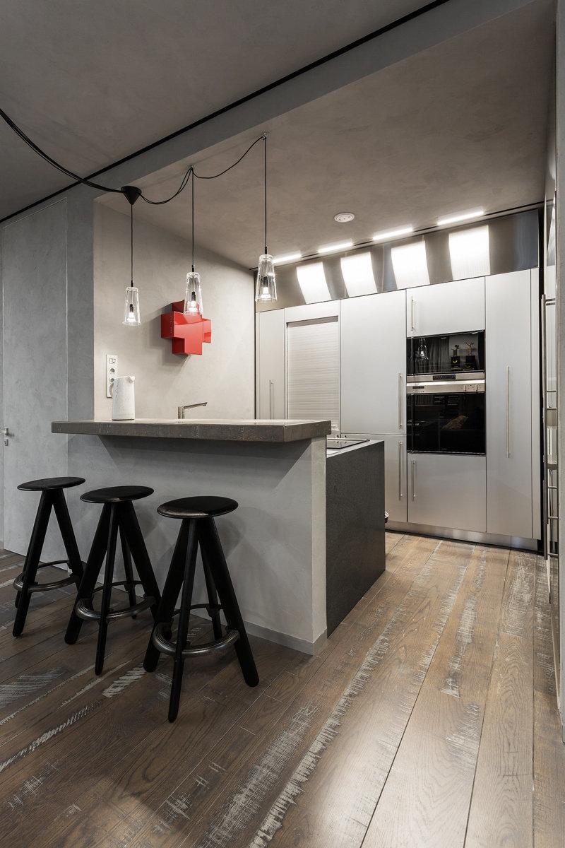 Фотография: Кухня и столовая в стиле Лофт, Квартира, Дома и квартиры, Минимализм – фото на InMyRoom.ru
