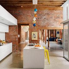 Фотография: Кухня и столовая в стиле Кантри, Лофт, Современный – фото на InMyRoom.ru