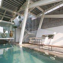 Фото из портфолио Стеклянный дом в Джакарте – фотографии дизайна интерьеров на InMyRoom.ru