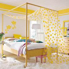 Фотография: Спальня в стиле Современный, Декор интерьера, Дизайн интерьера, Цвет в интерьере, Желтый – фото на InMyRoom.ru