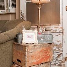 Фотография: Мебель и свет в стиле Кантри, Гостиная, Декор интерьера, Советы, идеи для гостиной, Инна Усубян, Hoff, HOFF, как обновить гостиную за выходные, простые способы обновить интерьер гостиной, как освежить интерьер – фото на InMyRoom.ru