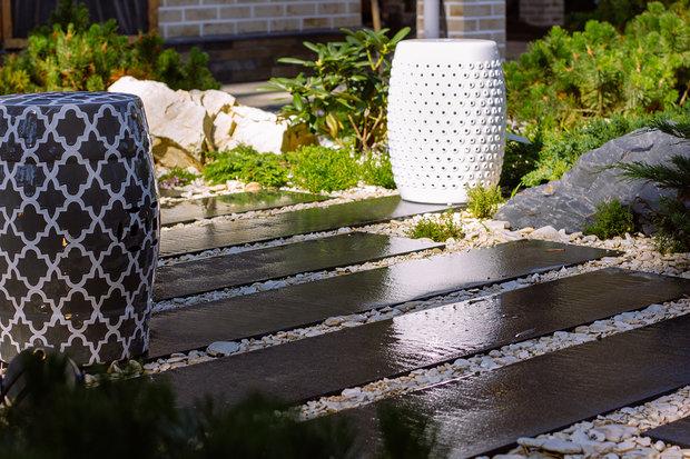 Фотография: Терраса в стиле , Ландшафт, Советы, садовая дорожка, как обустроить дачный участок, Derevo Park, Дорожки в саду – фото на INMYROOM