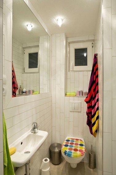 Фотография: Ванная в стиле Скандинавский, Квартира, Мебель и свет, Цвет в интерьере, Дома и квартиры, Белый, Перепланировка, Ремонт, Будапешт – фото на INMYROOM