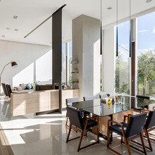 Фото из портфолио Гениальное деление пространства : Яркая квартира в Мехико  – фотографии дизайна интерьеров на InMyRoom.ru