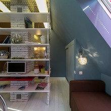 Фотография: Спальня в стиле Лофт, Современный, Интерьер комнат, Дача, Дачный ответ, Библиотека, Мансарда – фото на InMyRoom.ru