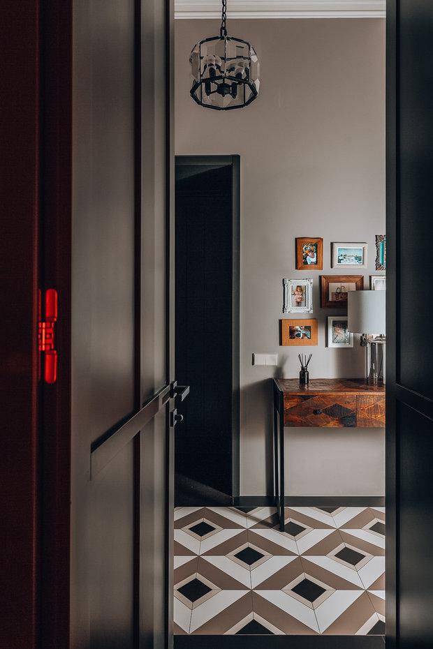 Фотография: Прихожая в стиле Классический, Современный, Квартира, Проект недели, Санкт-Петербург, 3 комнаты, 60-90 метров, Наталья Комова – фото на INMYROOM
