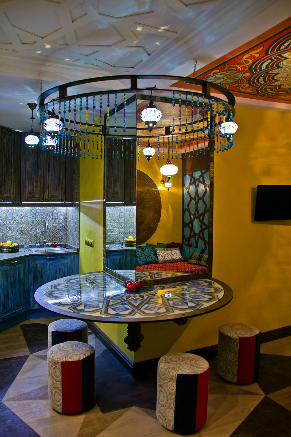 Фотография: Кухня и столовая в стиле Восточный, Интерьер комнат, Проект недели, Марокканский – фото на InMyRoom.ru