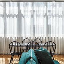 Фотография: Гостиная в стиле Кантри, Эклектика, Квартира, Проект недели, Москва, декоративный камин в гостиной, Ольга Абрамова, стеллажи, монолитный дом – фото на InMyRoom.ru