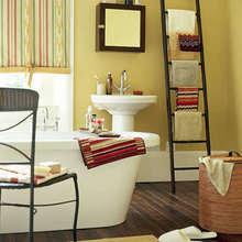 Фотография: Ванная в стиле Кантри, Интерьер комнат, Системы хранения, Полки – фото на InMyRoom.ru