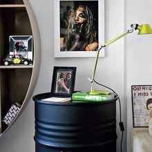 Фотография: Мебель и свет в стиле Лофт, Спальня, Декор интерьера, Стол – фото на InMyRoom.ru