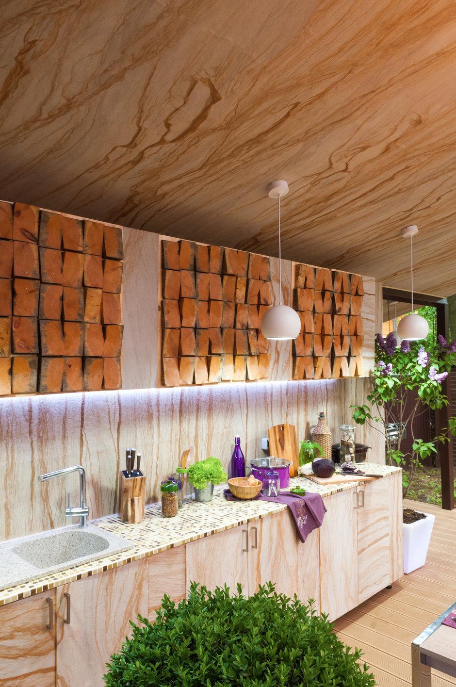 Фотография: Кухня и столовая в стиле Прованс и Кантри, Дом, Терраса, Дома и квартиры – фото на InMyRoom.ru