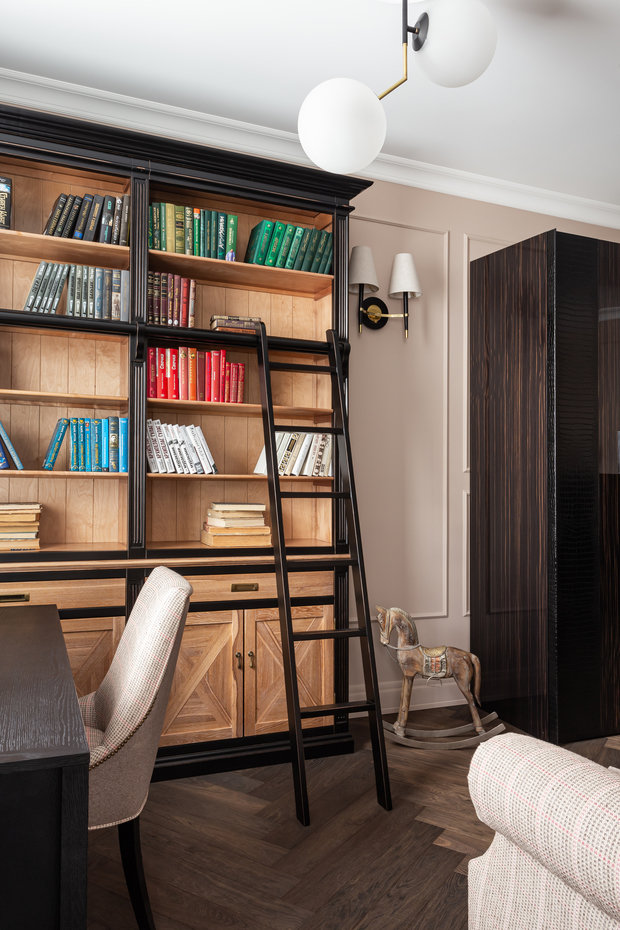 Фотография: Кабинет в стиле Классический, Квартира, Проект недели, Москва, 3 комнаты, Более 90 метров, Ирина Межова – фото на INMYROOM