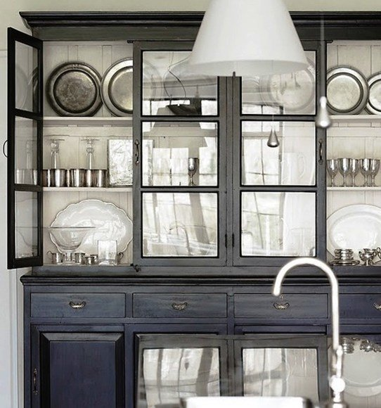 Фотография: Кухня и столовая в стиле Современный, Хранение, Стиль жизни, Советы, Буфет – фото на InMyRoom.ru