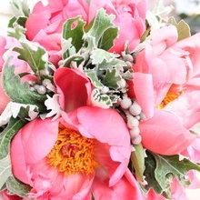 Фото из портфолио Свадебные букеты и аксессуары – фотографии дизайна интерьеров на InMyRoom.ru