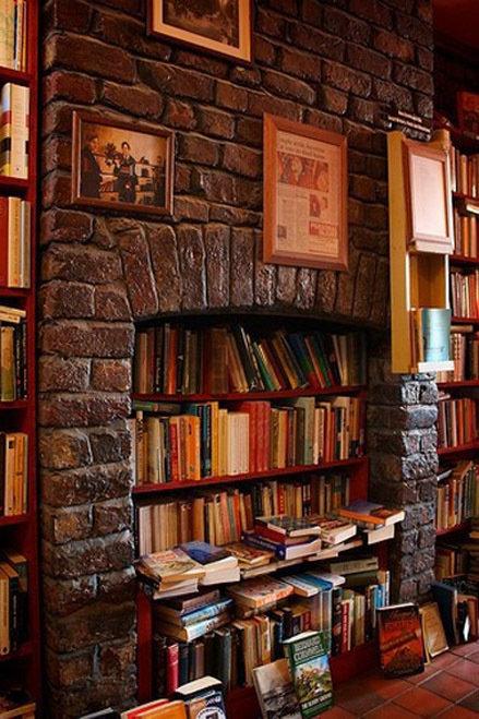 Фотография:  в стиле Прованс и Кантри, Современный, Системы хранения, Библиотека, Домашняя библиотека – фото на InMyRoom.ru