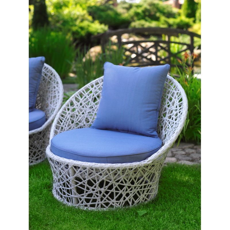 Кресло лаурель с голубыми подушками