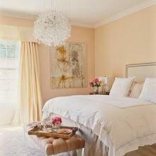 Фотография: Спальня в стиле Кантри, Декор интерьера, Квартира, Дом, Декор дома, Люди, Картины – фото на InMyRoom.ru