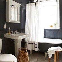 Фотография: Ванная в стиле Кантри, Классический, Декор интерьера, Дизайн интерьера, Цвет в интерьере – фото на InMyRoom.ru