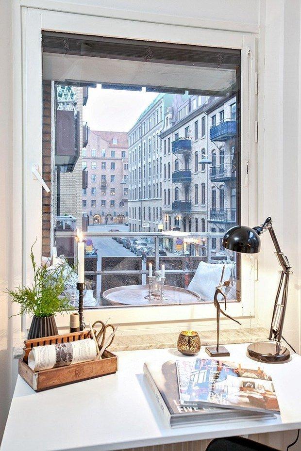 Фотография: Балкон в стиле Скандинавский, Декор интерьера, Квартира, Аксессуары, Декор, Белый – фото на InMyRoom.ru