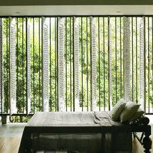 Фотография: Спальня в стиле Минимализм, Декор интерьера, DIY, Цвет в интерьере – фото на InMyRoom.ru