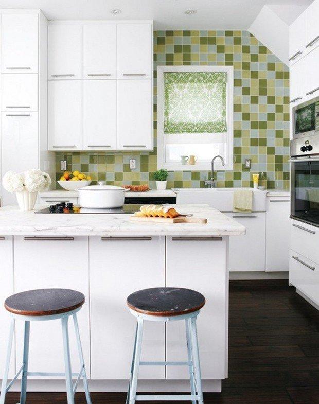 Фотография: Кухня и столовая в стиле Современный, Малогабаритная квартира, Интерьер комнат – фото на InMyRoom.ru