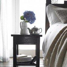 Фотография: Спальня в стиле , Дома и квартиры, Интерьеры звезд, Эко, Комод, Колониальный – фото на InMyRoom.ru