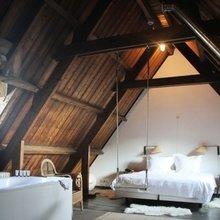 Фотография: Спальня в стиле Скандинавский, Лофт, Дизайн интерьера, Чердак, Мансарда – фото на InMyRoom.ru