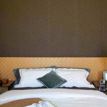 Фотография: Спальня в стиле Восточный, Индустрия, Люди – фото на InMyRoom.ru
