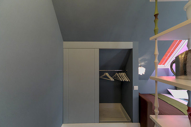Фотография: Прочее в стиле , Спальня, Лофт, Интерьер комнат, Дача, Дачный ответ, Библиотека, Мансарда – фото на InMyRoom.ru