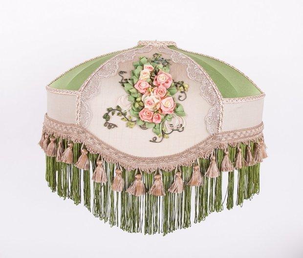 Делаю абажуры ручной работы с вышивкой