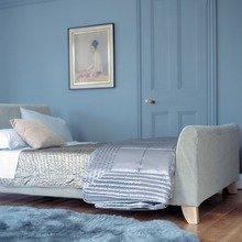 Фотография: Спальня в стиле Скандинавский, Декор интерьера, Дизайн интерьера, Цвет в интерьере, Советы, Dulux, Синий – фото на InMyRoom.ru