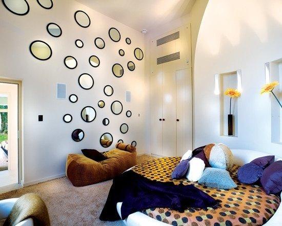 Фотография: Спальня в стиле Современный, Интерьер комнат, Кровать, Гардероб, Комод, Пуф, Табурет – фото на InMyRoom.ru